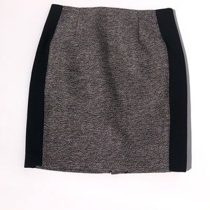 WHBM - Tweed SUITING PENCIL SKIRT